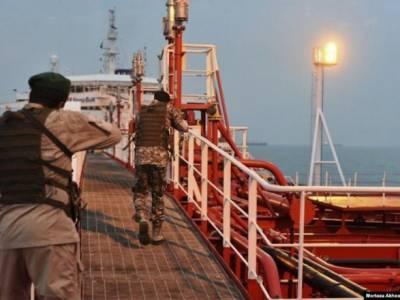 Иран заявил о задержании танкера под флагом Панамы по подозрению в контрабанде нефти