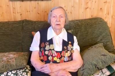 Путин наградил ветерана, собравшую для врачей 4,5 миллиона рублей