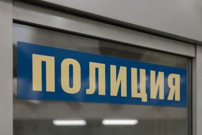 В Москве внедорожник вылетел на тротуар и сбил прохожих