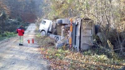 Под Судаком водителя грузовика спас улавливающий тупик - фото