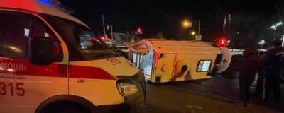 В Самаре в ДТП перевернулась скорая, пострадали 4 человека