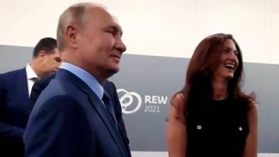 """""""Я не подумала!"""" Детали разговора Путина и Гэмбл"""