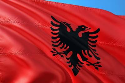 В посольстве высказались против непроверенных версий гибели россиян в Албании