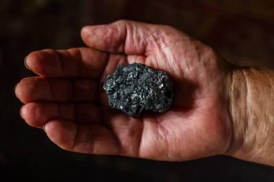 В Бурятии самую высокую зарплату по-прежнему получают добытчики полезных ископаемых