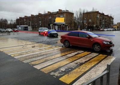 В Ухте столкнулись два Polo, а в Усть-Вымском районе Matiz сбил пешехода
