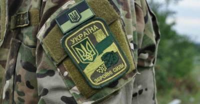 На Украине во время пребывания на посту застрелился военный