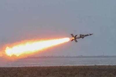 Арестович пригрозил направить на Москву украинские ракеты
