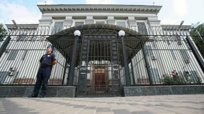 МИД РФ: К задержанному россиянину Косяку консулов ещё не допустили