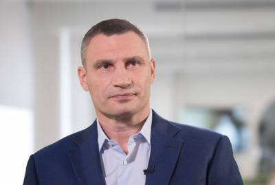 """Кличко выиграл иск к """"1+1"""": переехавшие на """"2+2"""" """"Гроші"""" должны удалить сюжет, которого уже нет"""