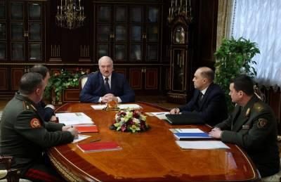 Лукашенко готов разместить в Беларуси российские военные самолёты