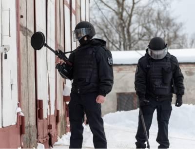 В петербургских школах искали бомбы, проверено более шестисот учреждений – Учительская газета