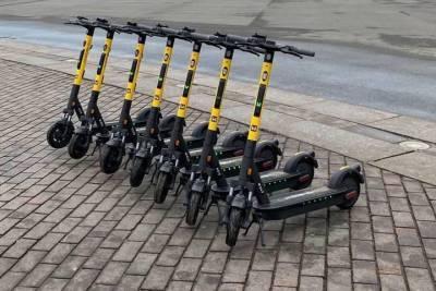 «Скорость и места стоянок»: Локоть намерен навести порядок с электросамокатами