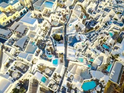 Греция официально открылась для белорусских туристов
