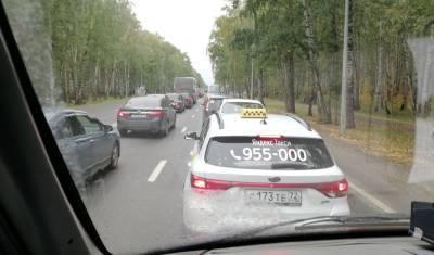 Больше половины подержанных автомобилей в РФ имеют признаки скрученного пробега