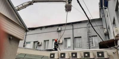В Виннице ликвидировали масштабный пожар в офисном помещении — фото, видео