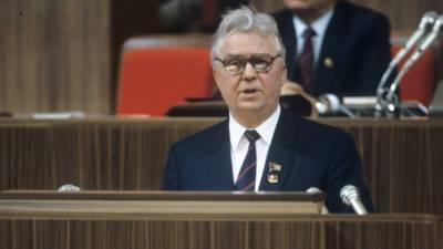 Лигачёва похоронят 11 мая на Троекуровском кладбище в Москве