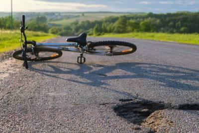 В центре Твери женщина на иномарке сбила велосипедиста