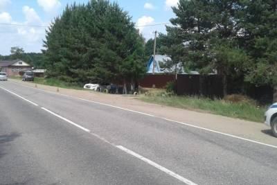 В Тверской области машина съехала с дороги: пострадал водитель