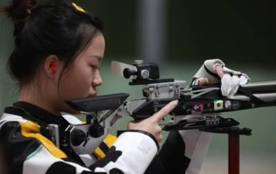 В Токио разыграли первый комплект медалей