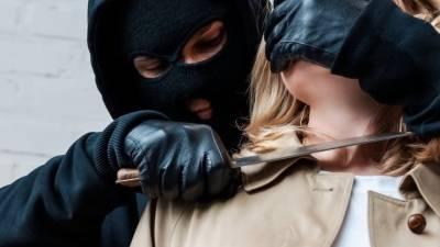 Вооруженный ножом мужчина вломился в офисное здание в Сочи