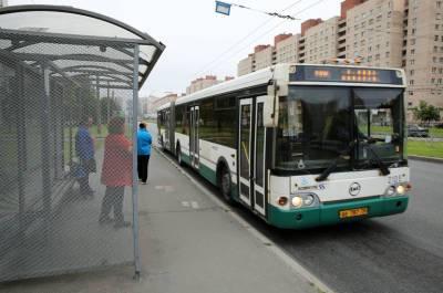 Беглов пообещал жительнице Юнтолово пустит до метро «Беговая» новый автобус