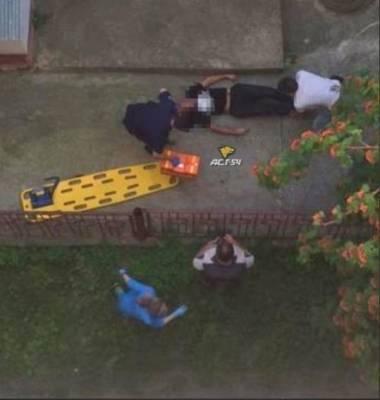 В Новосибирске мужчина с ножом упал с балкона пятиэтажки