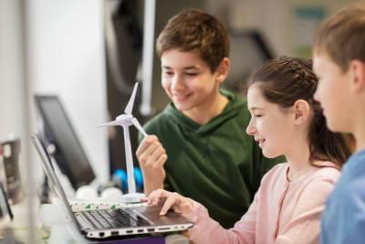 На базе 26 сельских школ Карачаево-Черкесии открылись образовательные центры «Точка роста» – Учительская газета