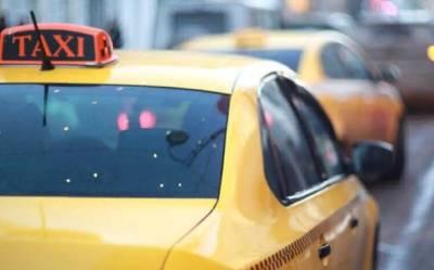 Водитель такси сбил ребенка на самокате в Москве