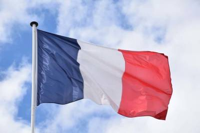 Франция пообещала поддержать нового премьер-министра Ливана и мира